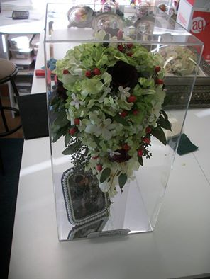 Suspended in time bring a picture of your bouquet to suspended in time flower preservation and we will restore your bouquet call us at 801227 0075 for more information solutioingenieria Images